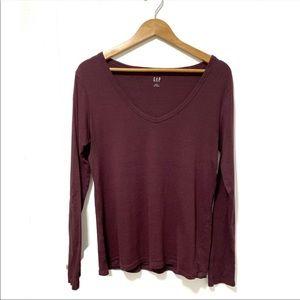 Gap v neck long sleeve t-shirt
